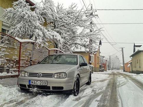 44. Nieve