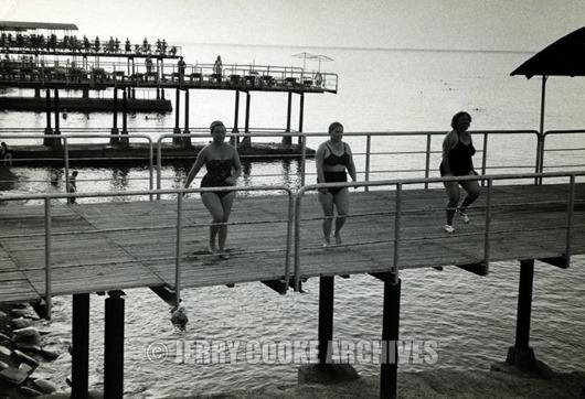 woman-black-sea-sochirussia-1957