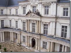 2004.08.28-023 façade intérieure du château