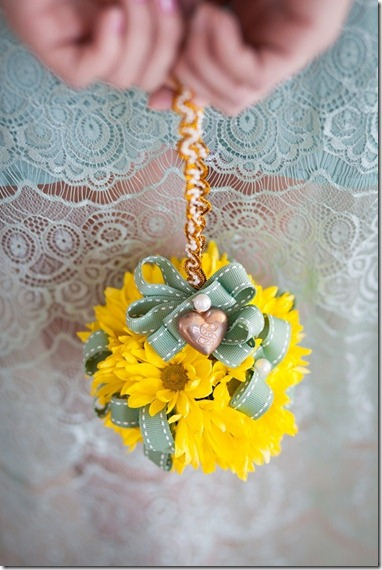 wedding_mint_yellow_decor_decoration_bride_groom_family_colors_color_colorful_style_spring_summer_day_flowers