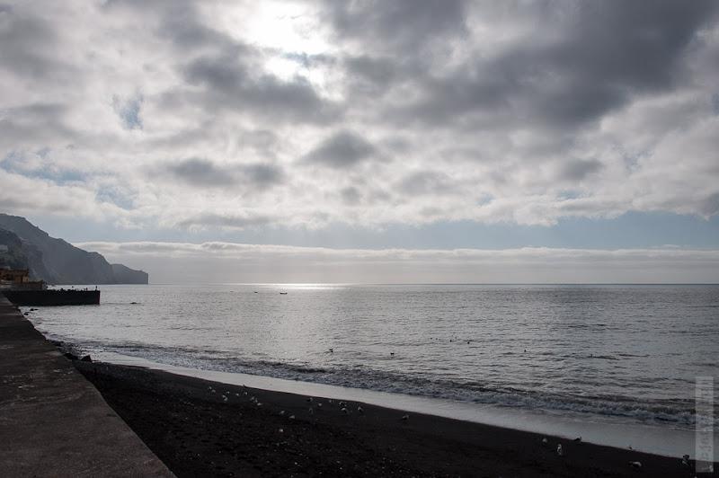 58. Февраль. Мадейра. Канатная дорога. Фуншал. Погода очень быстро меняется, от солнышка к тучам.