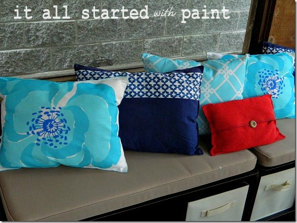 screen_porch_blue_turquoise_red_outdoor_pillows