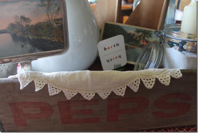 dining room beach pepsi crate decor 006