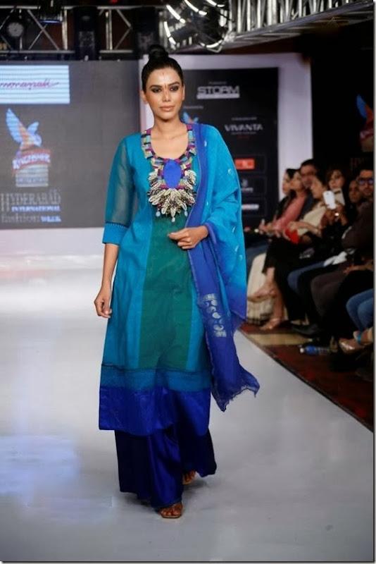 hyderabad_international_fashion_week_day_4_2212130736_0140