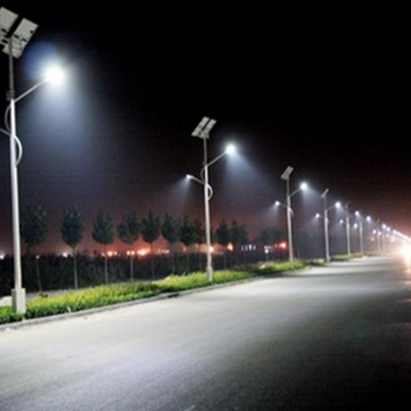 La farola solar más potente capaz de proporcionar 11.000 lumens, en las carreteras