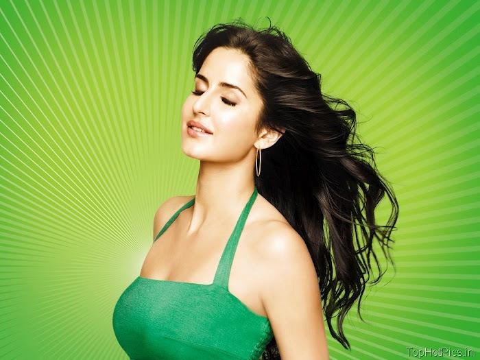 Katrina Kaif Sexy in Green Photos 1