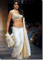 Sameera Reddy in ramp