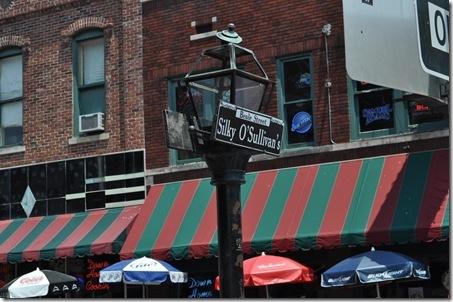 06-09-11 Memphis Beale St 07
