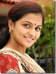 Ramya Nambeesan HQ photo