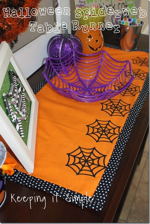 Halloween-spiderweb-table-runner