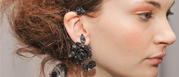 marchesa-fall-2011-07-ear-cuff