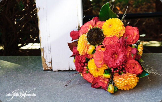Josh-and-Sarah-bokay-doorpost  flourish florals dot com