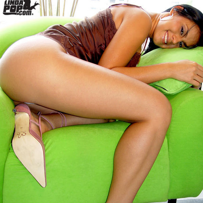 Andrea Rincon Selena Spice Striptease 036 Andrea Rincon   Selena Spice   Striptease