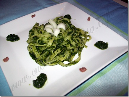 pasta con crema di spinaci ricetta (8)