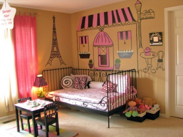 Cool-items-for-Paris-themed-room-design-2