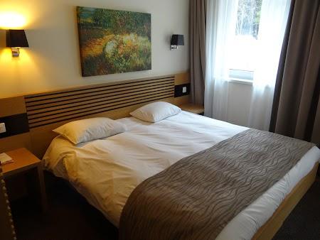 03. Camera hotelul Sport - Poiana Brasov.JPG