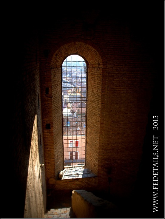 Dentro al campanile della Cattedrale, interno 2 , Ferrara, Emilia Romagna, Italia - Inside the bell tower of the Cathedral,  internal 2, Ferrara, Emilia Romagna, Italy - Property and Copyrights of FEdetails.net