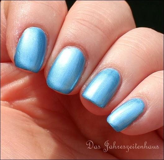 Essence - Gleam in Blue 9
