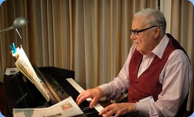 Ken Mason playing the Clavinova for us superbly and on his debut too at the age of 92! Photo courtesy of Dennis Lyons.