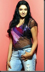 vimala_raman closeup_hot1