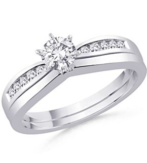 Round Diamond Engagement Ring With Matching Wedding Band(2)