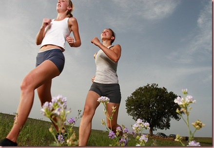 fitness-ladies-running