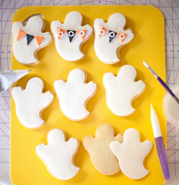 Wilton Ghost Cookies-7837