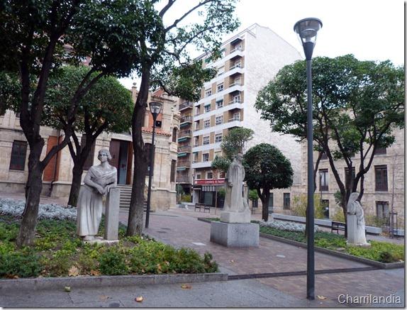 Plaza de Gabriel y Galn actual Biblioteca municipal