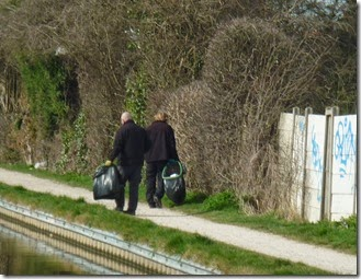 9 rubbish collecting in nuneaton