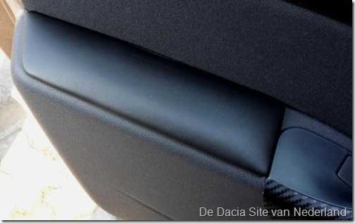 Armsteun Portier Dacia 02