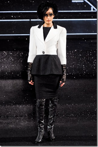 Chanel Fall 2011 (nay) 4