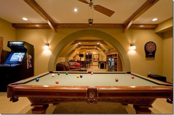 ultimate-man-cave-24