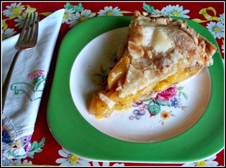 Peach Pie_a slice [640x480]