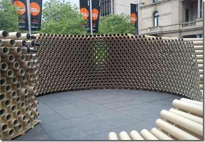 recycled-cardboard-tubes-pavilion-hollow-wall