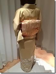 色留袖で結婚式にご出席 (3)