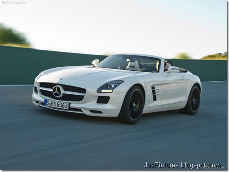 Mercedes-Benz SLS AMG Roadster 3