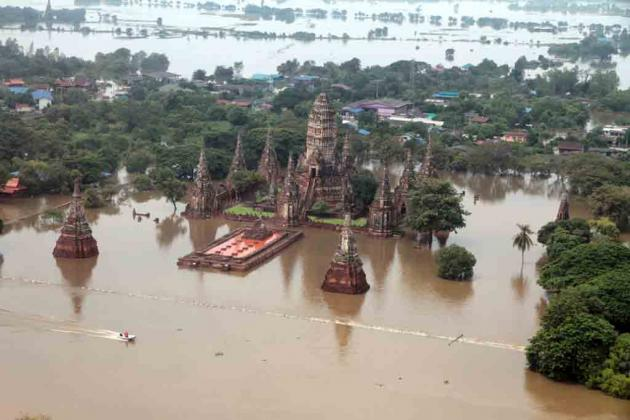 Flooded temple in Thailand, 2011. nationmultimedia.com