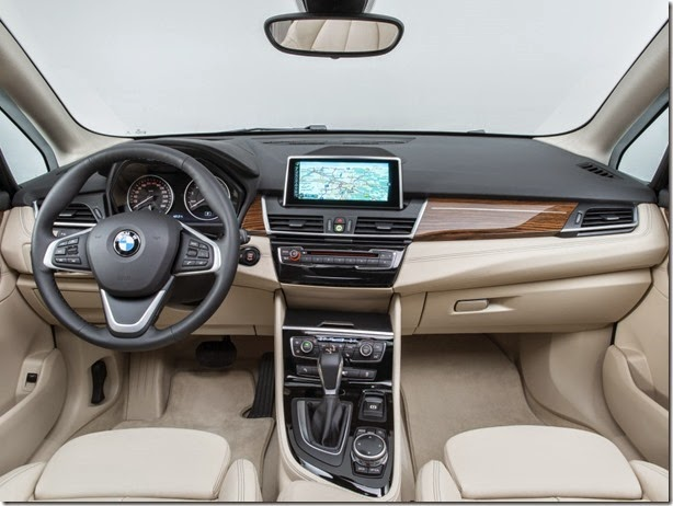 bmw_225i_active_tourer_21