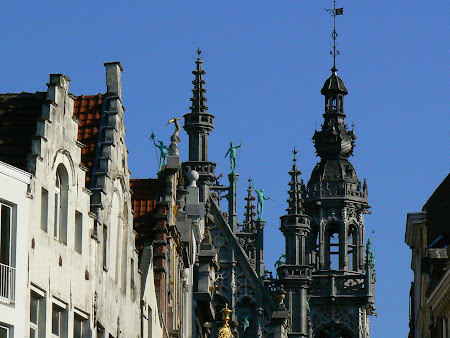 Things to do in Brussels: its gothic towers