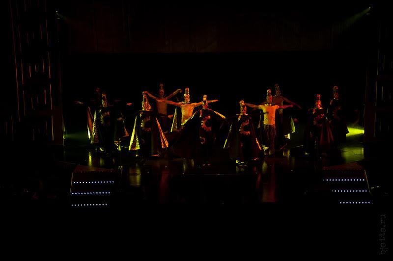 Costa Concorida. Средиземной море. Круиз. Show TIME. Выступление танцевальной группы.