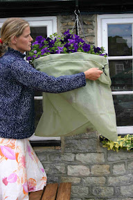 Easy Fleece Jackets Medium - Easy to slip onto hanging baskets