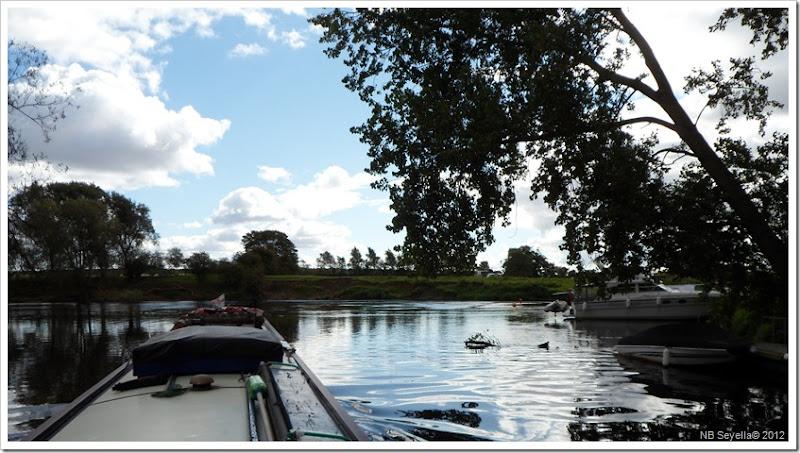 SAM_3357 Nun Monkton Pool