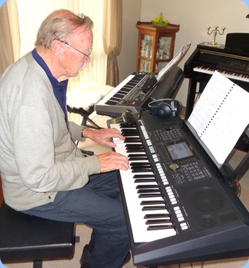 Colin Crann playing Peter Brophy's new PSR-S950