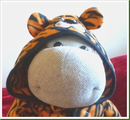 Tiger onsie newborn Primark