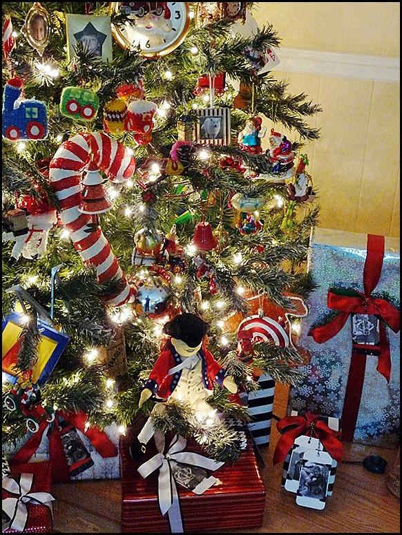 2021 Christmas Tree 019 (600x800)
