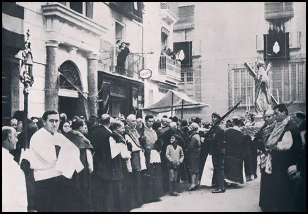 Fiesta a San Vicente Martir. Plaza de l'Almoina.1929