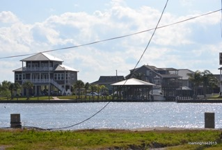 Houses in Jean Lafitte