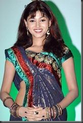 tamil_actress_oviya_in_saree