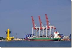 08-20 odessa 056 800X  port de commerce