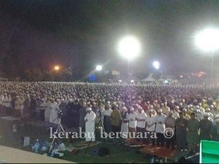Live! TG Nik Aziz Mengimami Solat Hajat Bersama Pimpinan Pakatan Dan Rakyat Kelantan